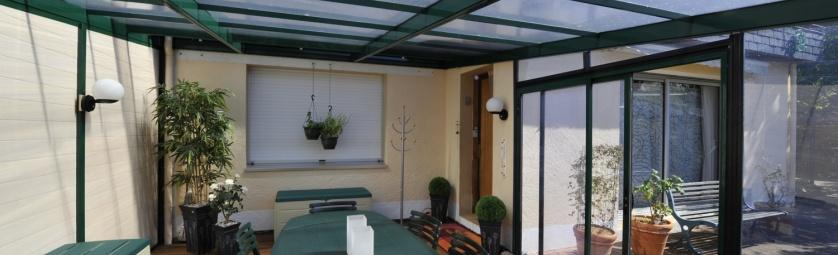 couverture de terrasse. Black Bedroom Furniture Sets. Home Design Ideas