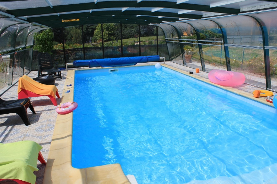 Piscine abri haut for Abri piscine promotion