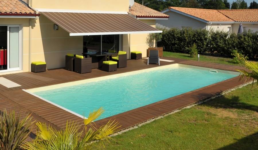 Forme rectangulaire for Piscine jardin rectangle