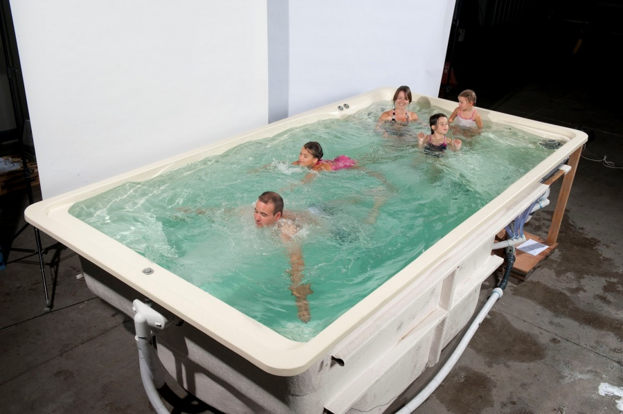 L 39 aqua coq for Piscine a contre courant