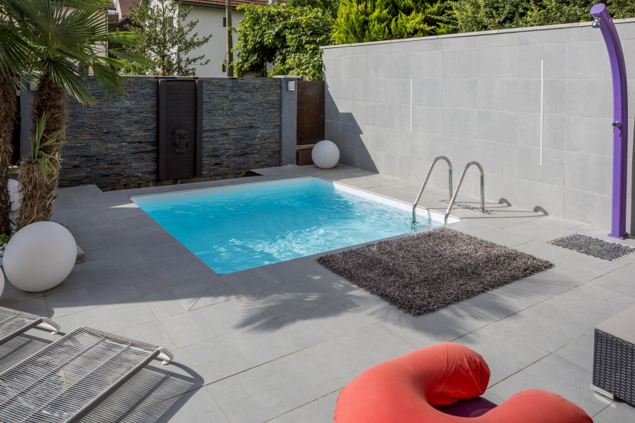 Forme carr for Piscine coque carre