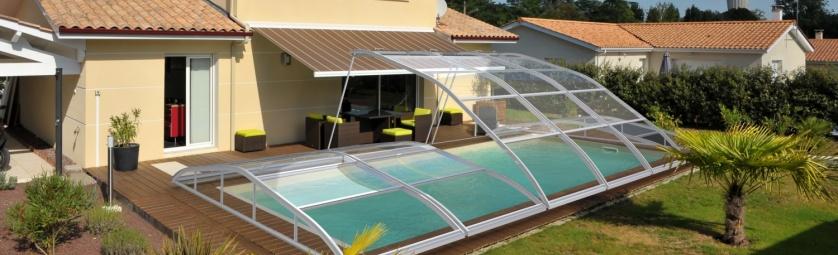 Piscine abri bas relevable for Abri piscine relevable