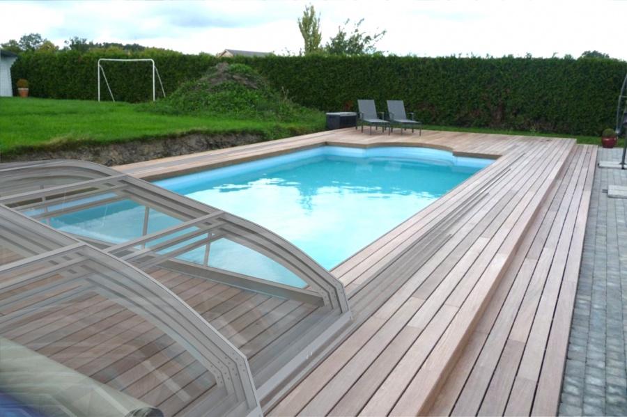 piscine abri bas t lescopique. Black Bedroom Furniture Sets. Home Design Ideas
