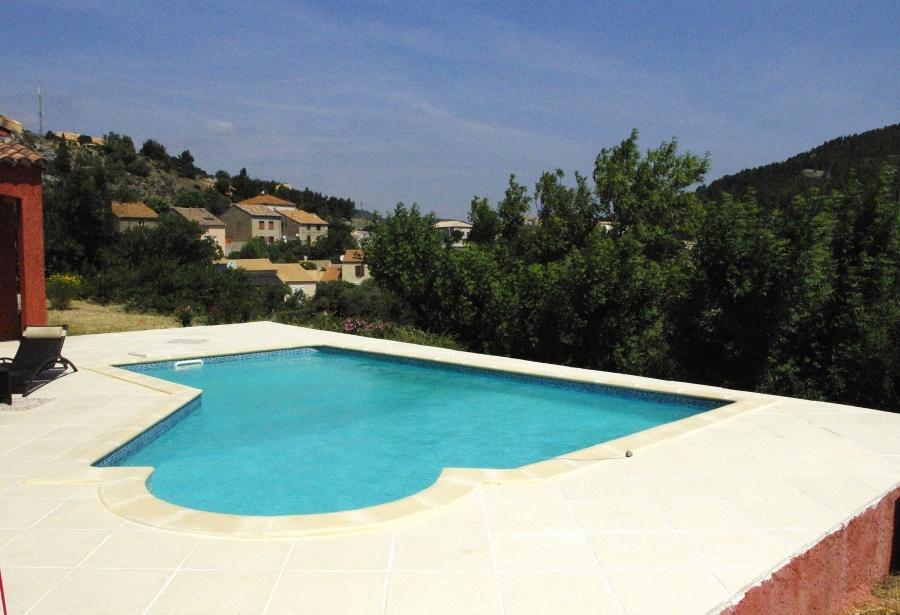 Forme piscine peut on installer un volet roulant sur une for Exceptional piscine forme libre avec plage 2 piscine piscines formes libres