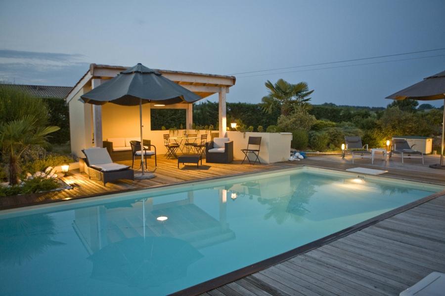 aquadiscount couloir de nage. Black Bedroom Furniture Sets. Home Design Ideas